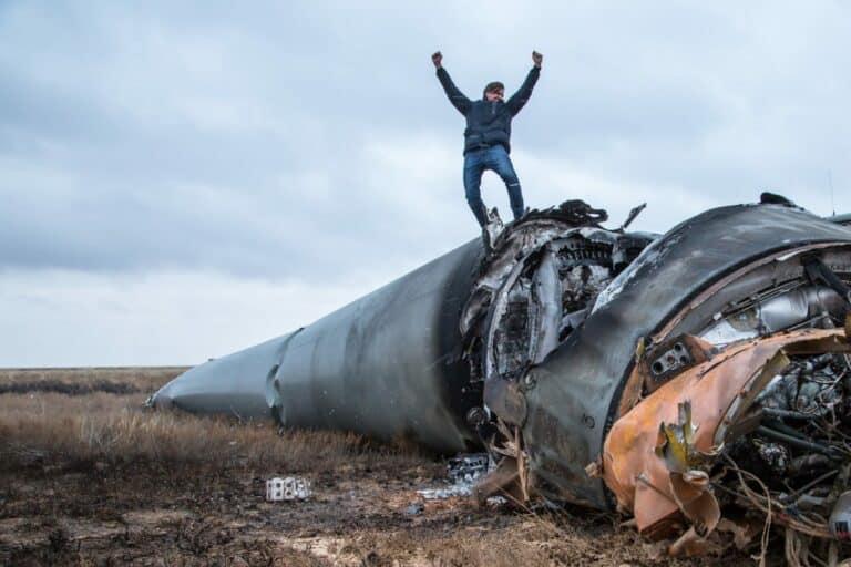 Patrick Hohmann springt von Rakete