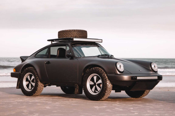 off road safari Porsche
