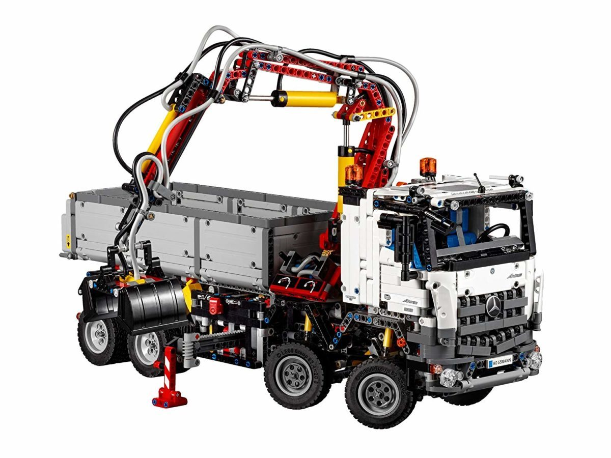 LEGO Technic Mercedes Benz Arocs